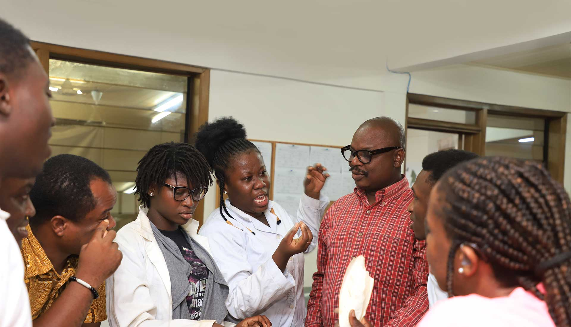 Students interacting with lecturers at the workshop